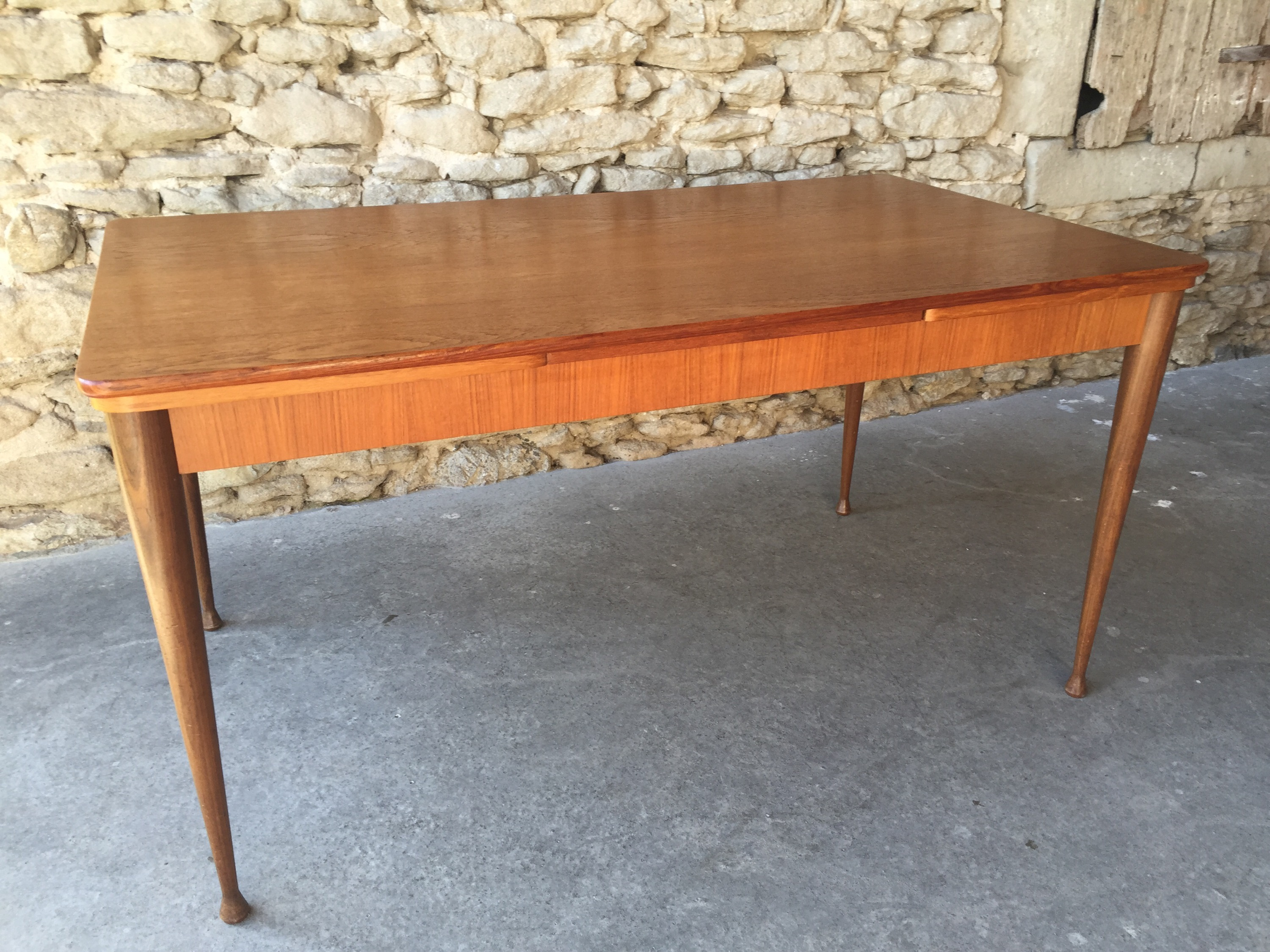 Table scandinave en teck couleur brocante for Table scandinave en teck