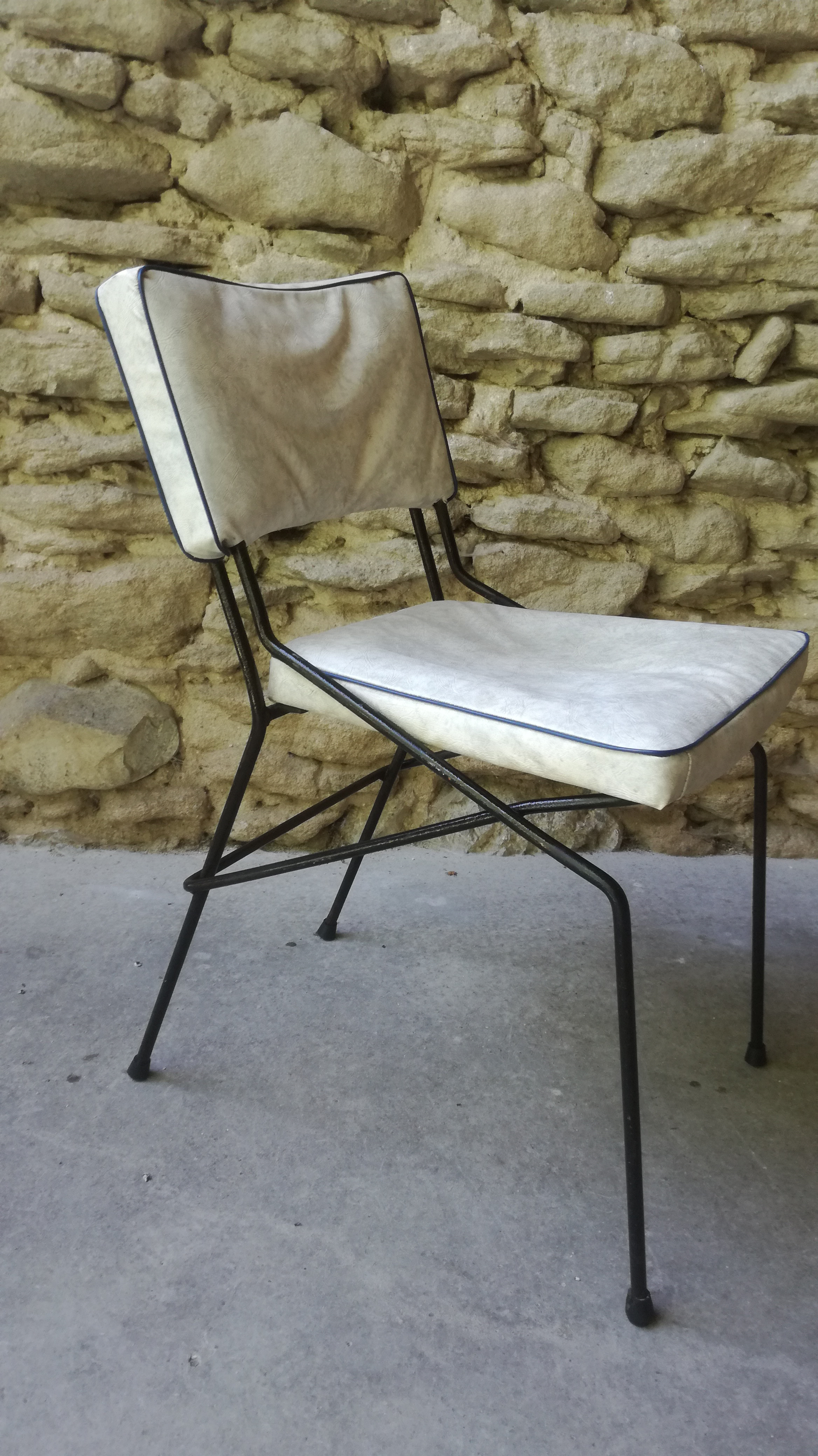 Petite chaise metalique ann es 50 couleur brocante for Chaise 20 euros